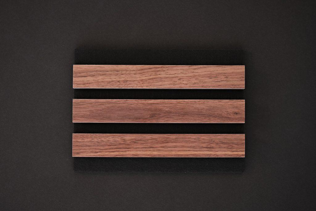 aangenaam akoestiek woodline Type 27 Noten ( blank mat gelakt )
